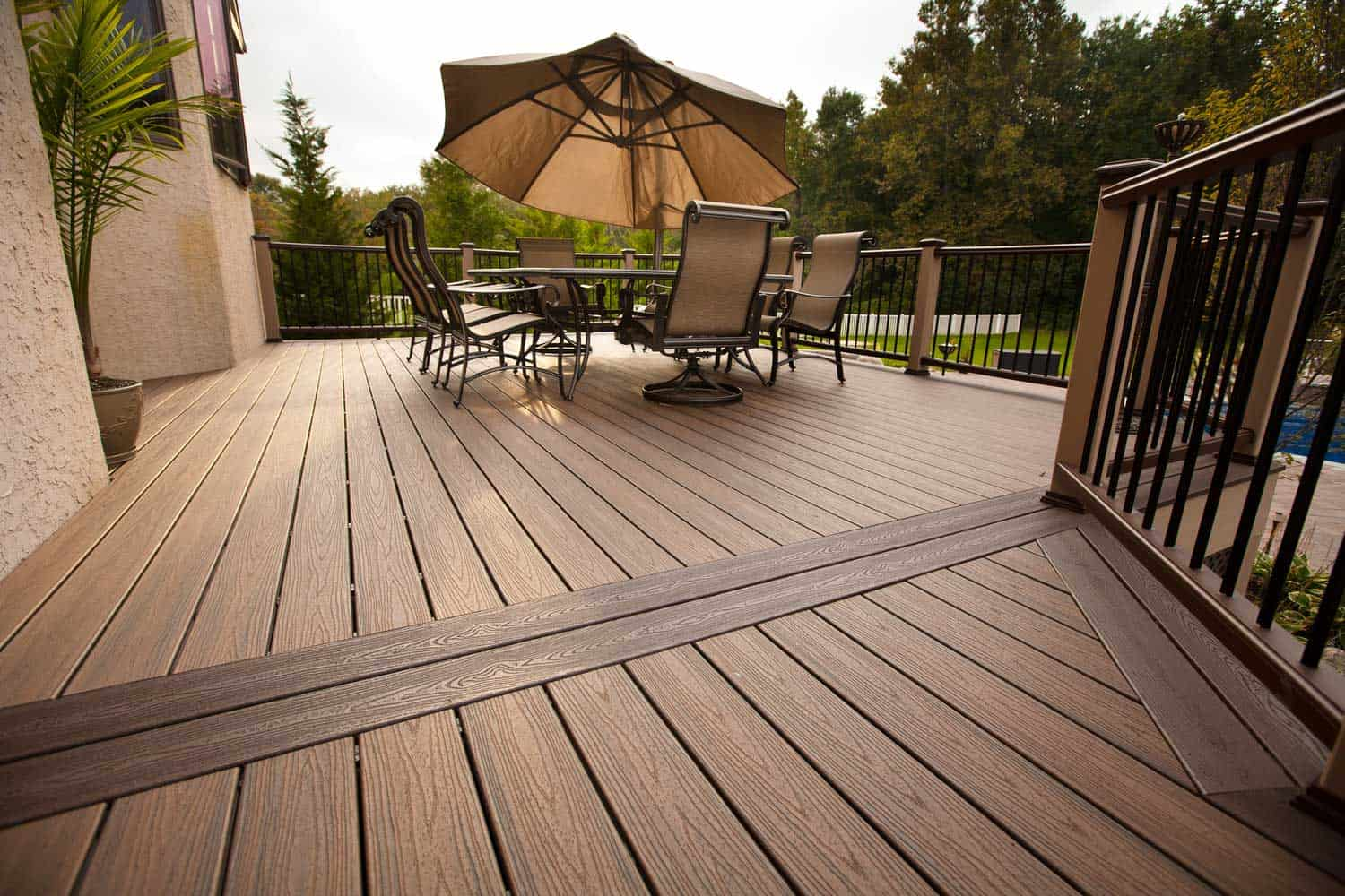 Construction Services – TREX Decks